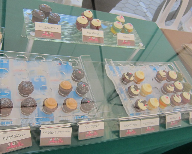 Cupcakes by Anita @ Morning Mercato