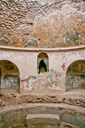 PompeiiWalksOfItaly-13