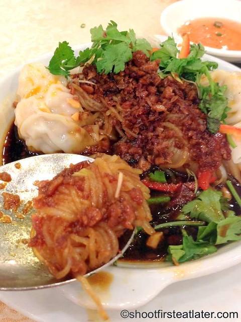 Shanghai wonton in chili & sour sauce-003