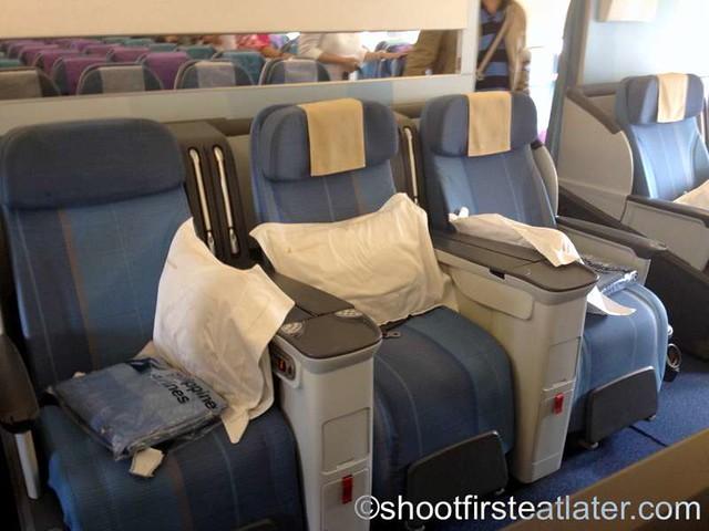 Philippine Airline 777-304