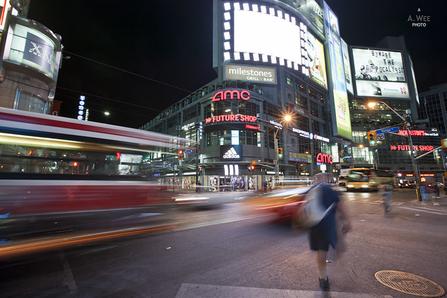 Dundas Yonge Intersection