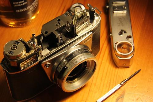 Kodak Retina IIIS - Top dismantled to unstick rangefinder mechanism by TempusVolat