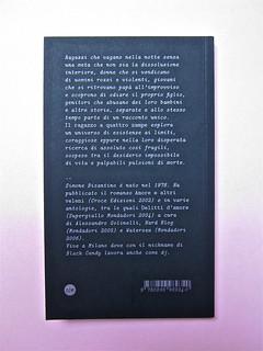 Simone Bisantino, Il ragazzo a quattro zampe. Caratteri Mobili 2012. Pr. grafico e impaginazione: Michele Colonna; ill. di Giuseppe Incampo. Quarta di copertina(part.), 2
