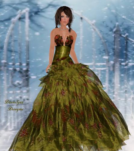 27 Dresses!!  99L