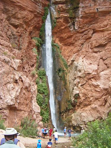 Approach Deer Creek Waterfall