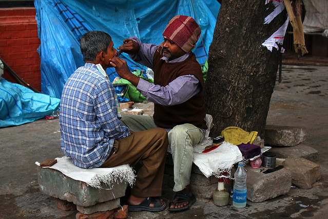 A barber and his customer