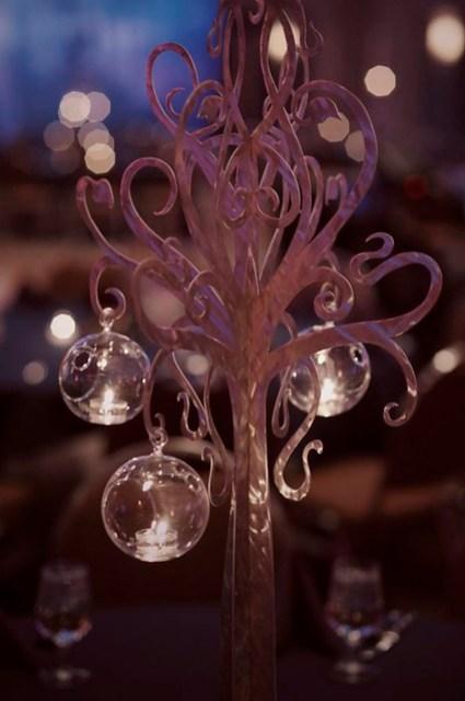 tree centerpiece detail