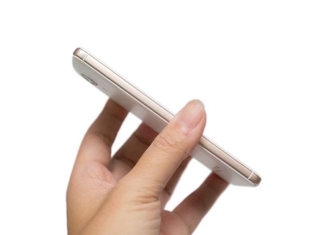 多一些華麗、更多點氣質 SUGAR C7 糖果時尚手機開箱介紹 @3C 達人廖阿輝