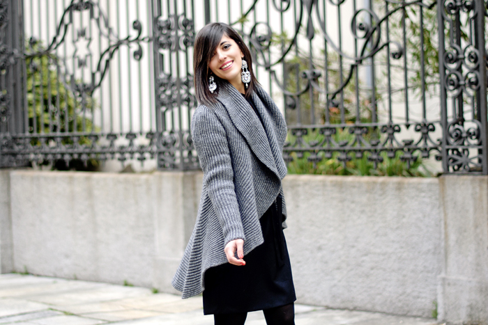 Grey cardigan + Gioya Bijoux contest winner