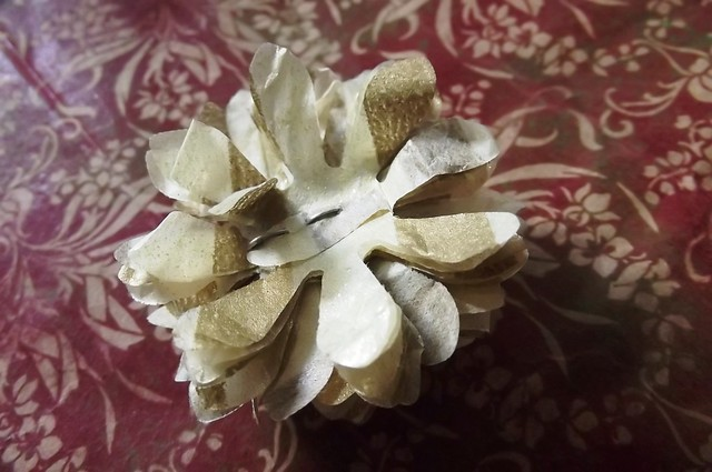 PaperKrafts: Recycled giftwrapping tissue - 3