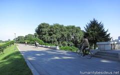 Taedong River promenade