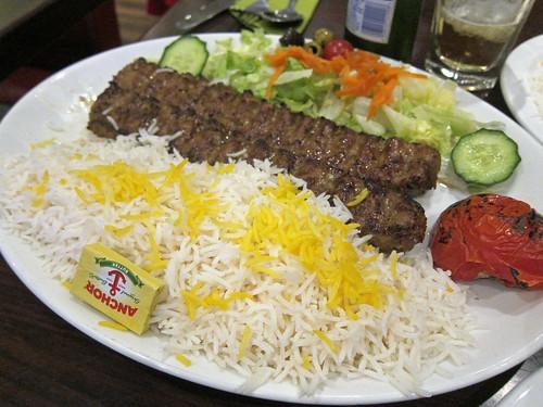 Chelo-Kebab-E-Koobideh