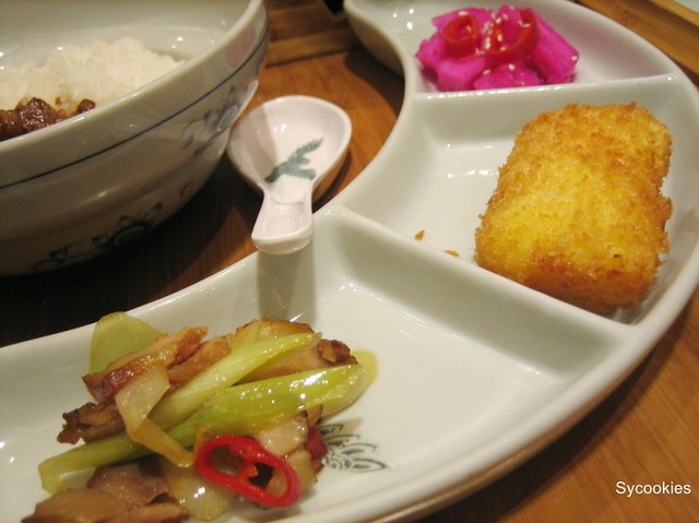 15.side dishes @ fong lye (comes with set meals)