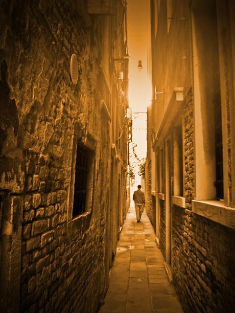 Venice alley walking