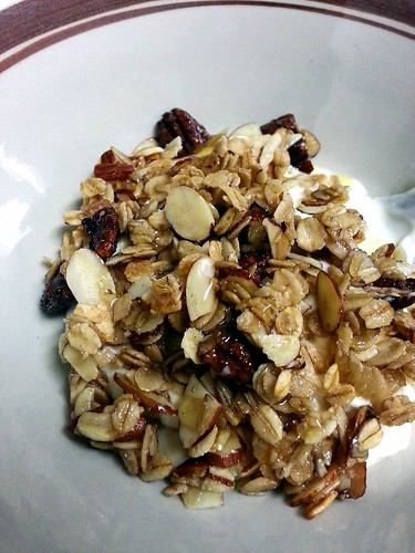 almonds and candied pecan granola by pipsyq