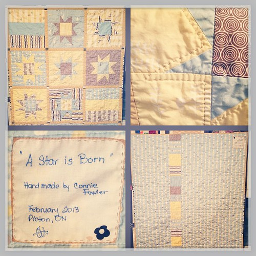 Feb 27 - simplicity {I love how the simple design has turned out for this baby quilt} #photoaday #quilting #quilt #babyquilt