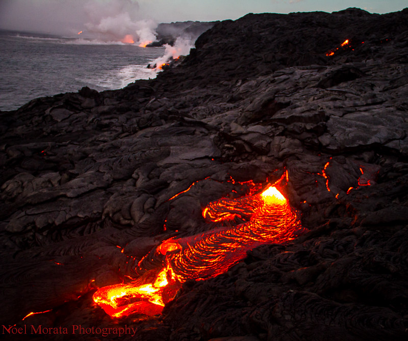 Early morning lava entry to ocean