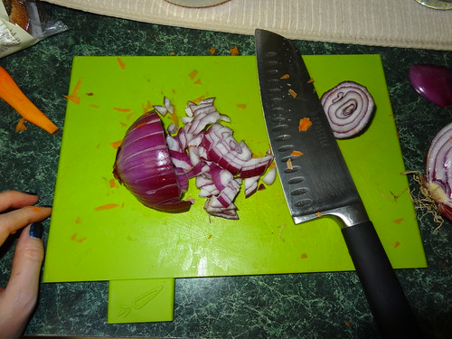 Chopping onions with ends attached