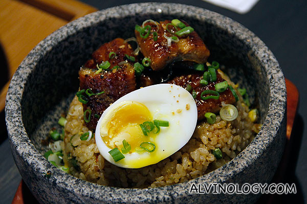Unagi hot stone rice