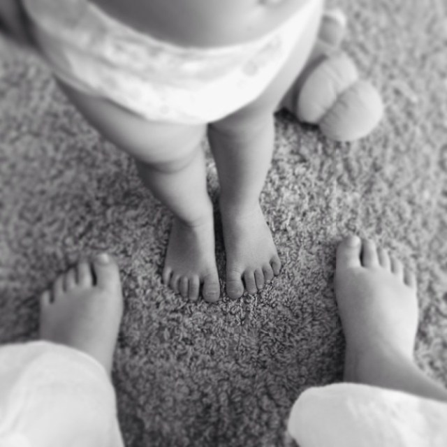 Love these cute little toddler legs and toes!!