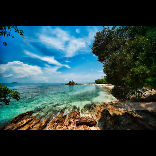 A Small Piece Of Paradise by geirkristiansen.net 