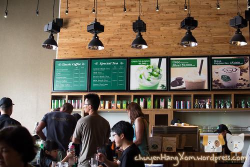 Lê la hồ bán nguyệt & cafe Phúc Long Q7