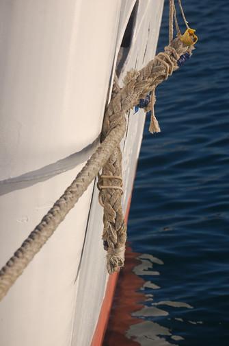 Umesato hull chafing gear