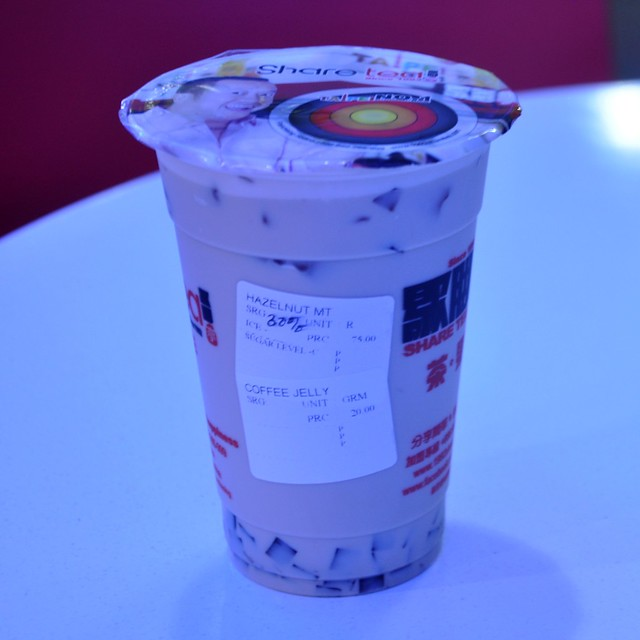 Hazelnut Milk Tea with Coffee Jelly