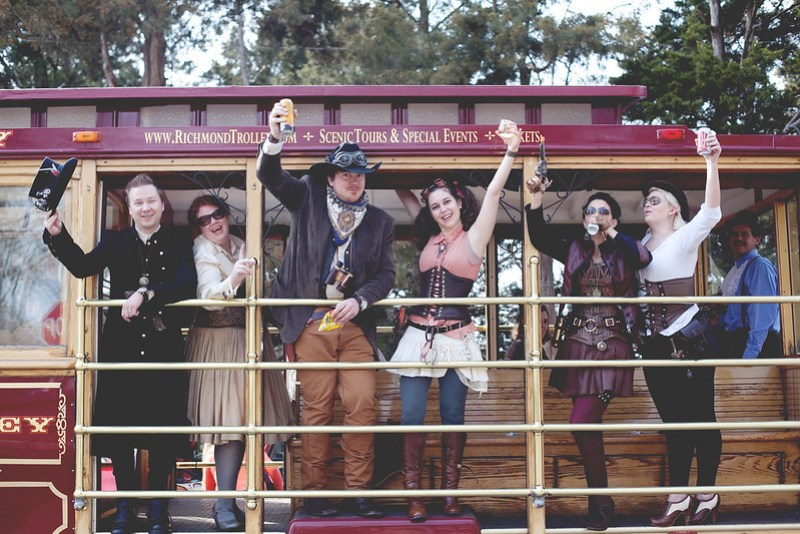 http://www.meaganabellphotography.com/2013/03/25/ashleyjake-steampunk-and-treasure-hunts/