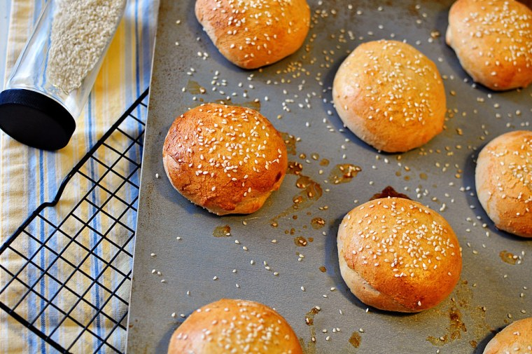 Hamburger Buns 2