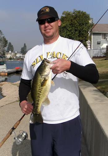 3+ Pound Bedding Male Bass