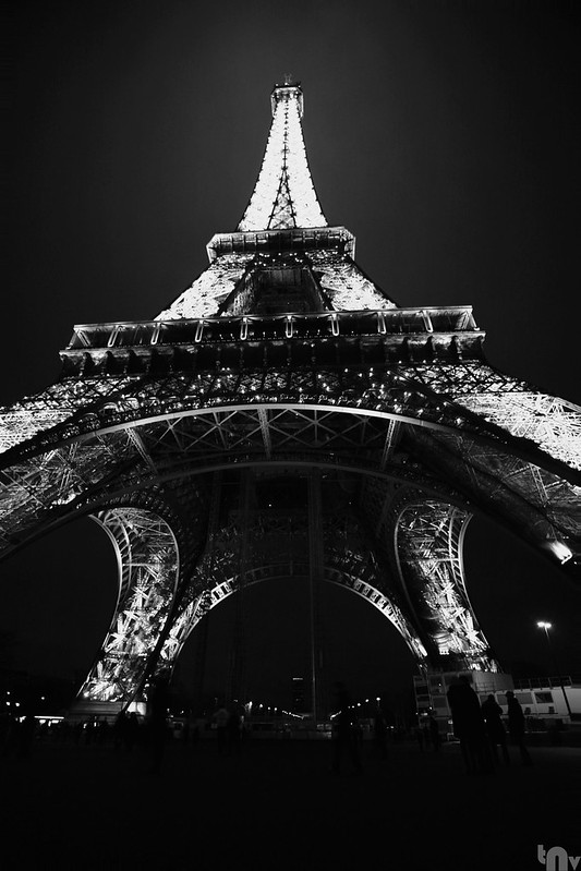 Paris by night - Eiffel tower