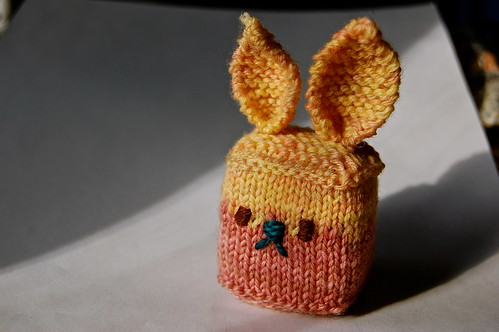 Bunny cube, foam stuffing