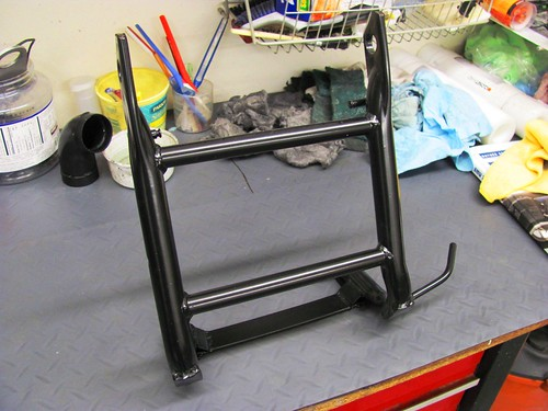 Powder Coat - Center Stand