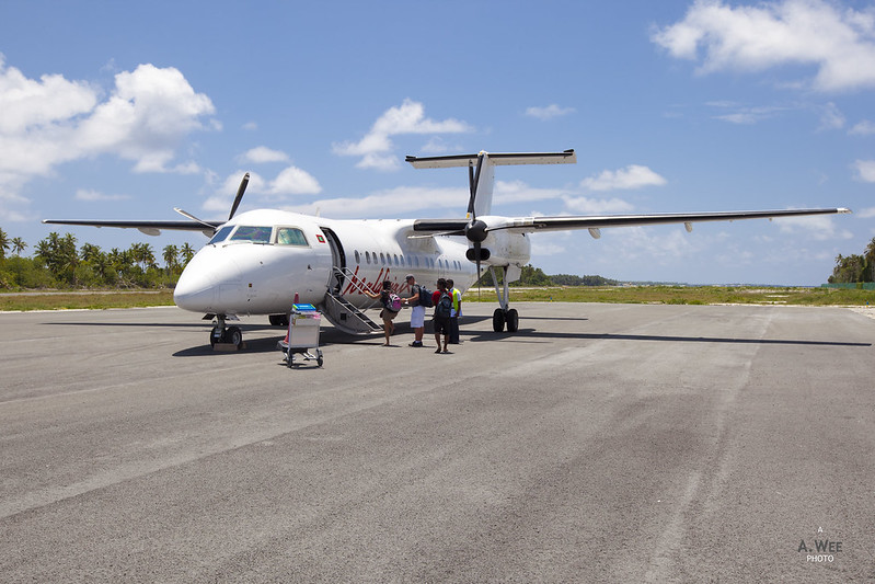 Maldivian Dash 8 Series 300