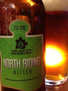 @truefittbeers North Riding Bitter, classic styrian flavours on the dry hop, could use some more crystal and body for my tastes, prob dried out in bottle :-)