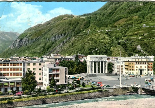 postcard - bolzano - monumento vittoria - 1966