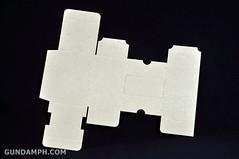 Big Scale Danboard Cardboard Assembling Kit Review (23)