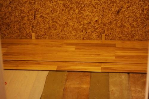 Closet Flooring (Feb 2013)_0021