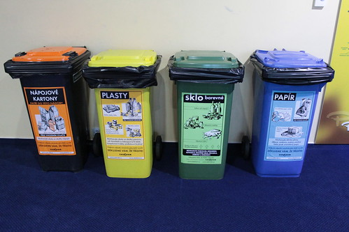 One color for each type of waste