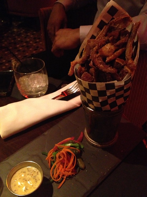 Crispy pig fries - Comme Ca