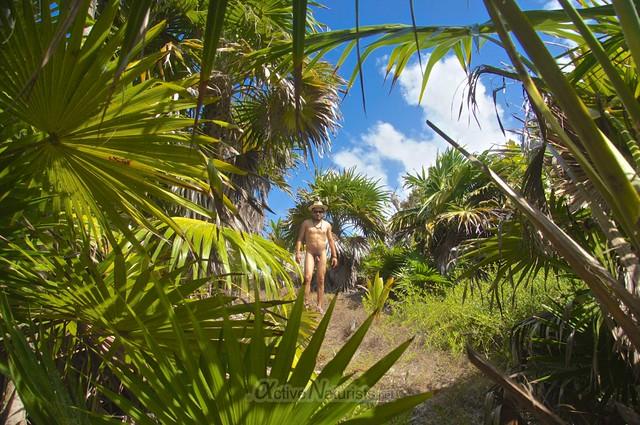 naturist 0004 Tulum, Quintana Roo, Mexico