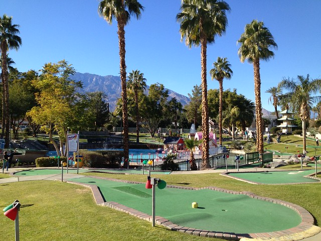 Boomers Palm Springs