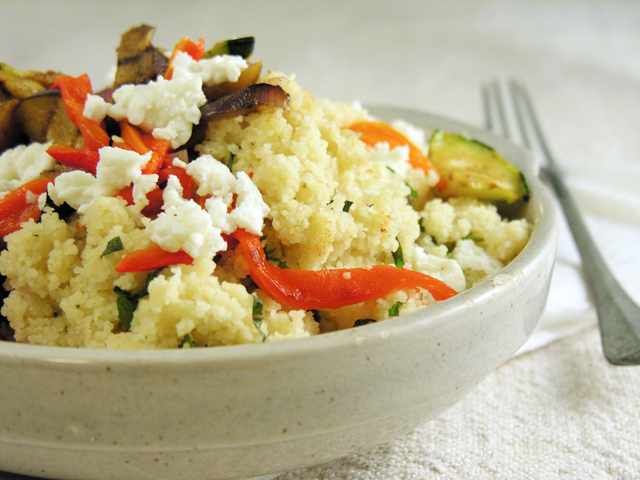 couscous com legumes e especiarias