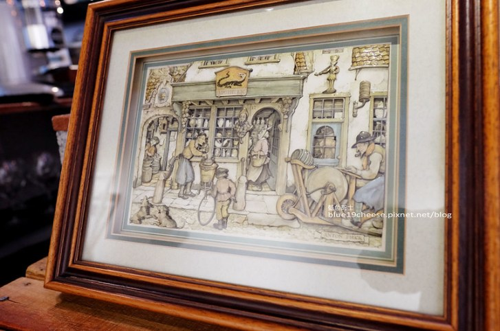 29456145122 faa94ec550 c - 民生咖啡People&Life.Cafe-復古氛圍老屋咖啡館.加入許多老傢私元素.展區牆.餅乾吐司咖啡香.近向上國中