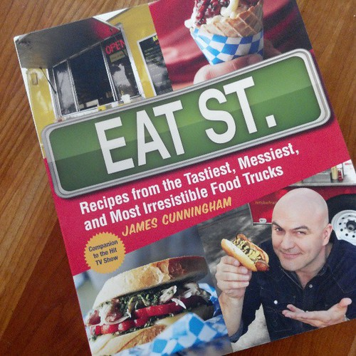 And then this arrived. Thanks @eatsttweet! Can't wait to dig in # iwinstuff by LexnGer