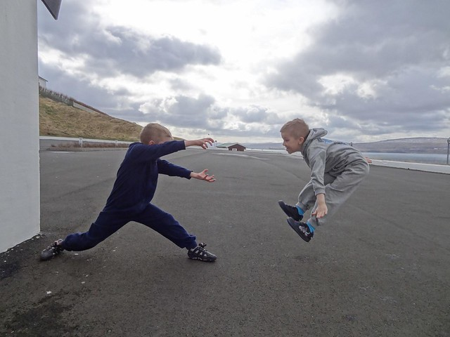 Trying out the Hadouken meme