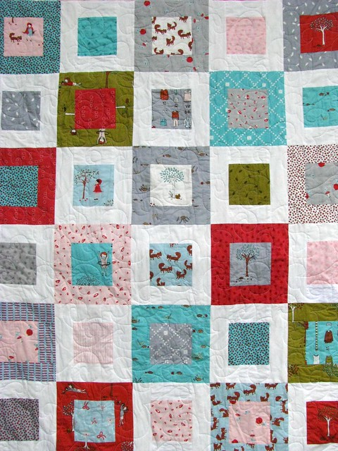 Grandma Tell Me a Story Quilt, Small Plates Design