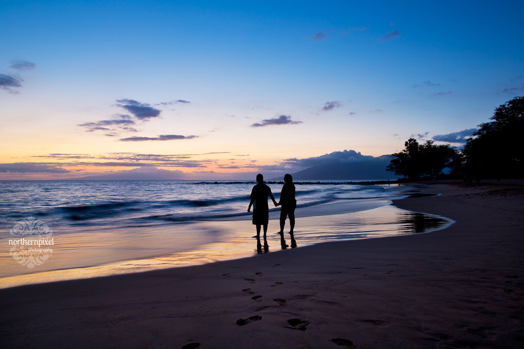 Ulua Beach Sunset Silhouette Maui Hawaii Romantic