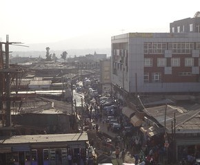 Vista do Merkato em Addis Ababa